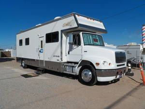 Renegade toterhomes new used rvs for sale on rvt page 1 of 1 2003 renegade 26 tlq sciox Image collections