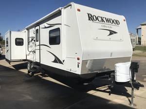 2013 Forest River Rockwood Ultra Lite 27