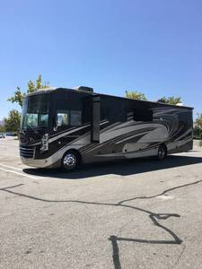 2014 Thor Motor Coach Challenger 37LX