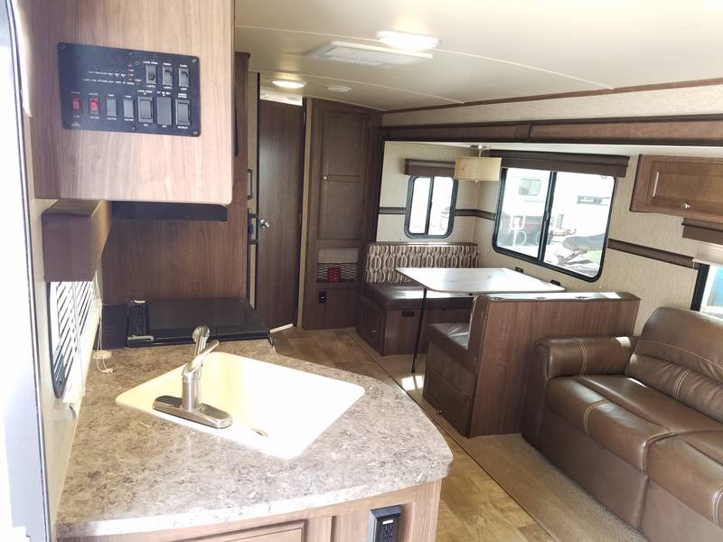 2016 Palomino SolAire Ultra Lite 25BHSS