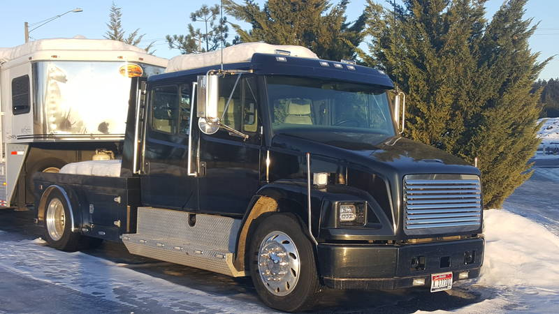 2003 Freightliner SportChassis