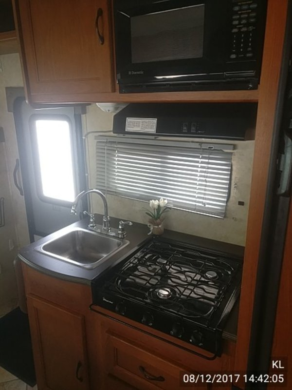 2010 Coachmen Freelander 21QB