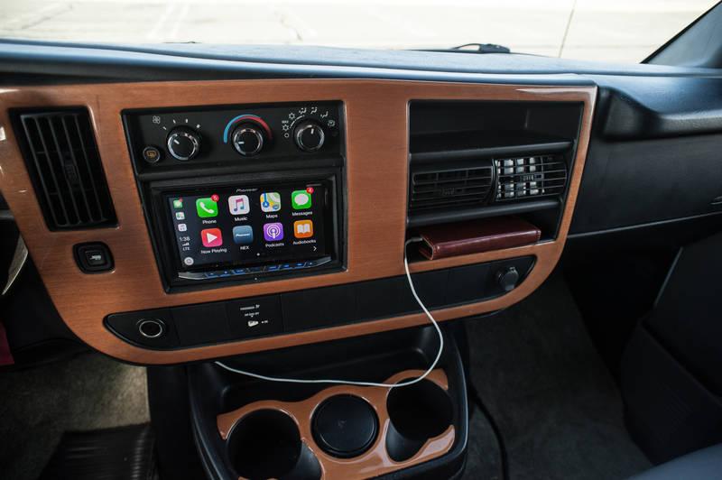 2010 Roadtrek Versatile 190