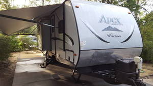 2015 Coachmen Apex Ultra-Lite 276BHSS