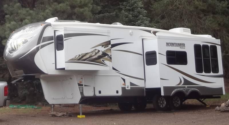 2013 Keystone Montana Mountaineer 295RKD