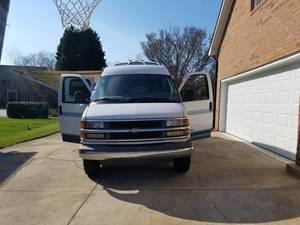 1998 Roadtrek Versatile 200