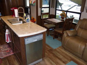 2016 Forest River Cardinal 3850RL Estate