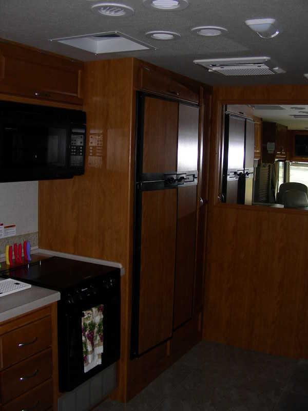 2006 Fleetwood Bounder 36Z