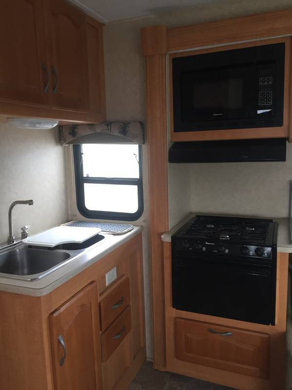 2008 Forest River Sunseeker 2860DS