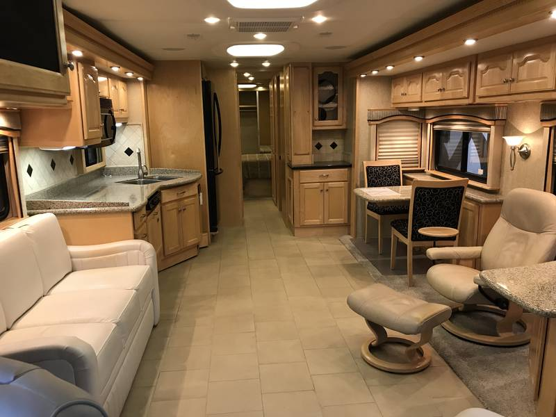 2008 Country Coach Allure 40 Hood River
