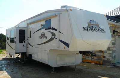 2009 CrossRoads Kingston 33SK
