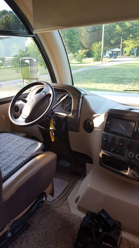 2015 Thor Motor Coach Axis 24..1