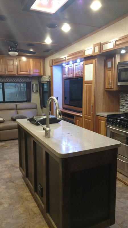 2017 Augusta RV Ambition AB-38RLS