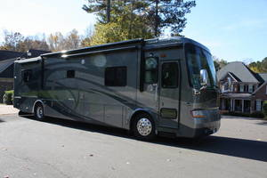2007 Tiffin Phaeton 40SQ