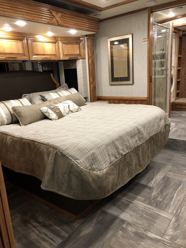 2018 Newmar Mountain Aire 4531