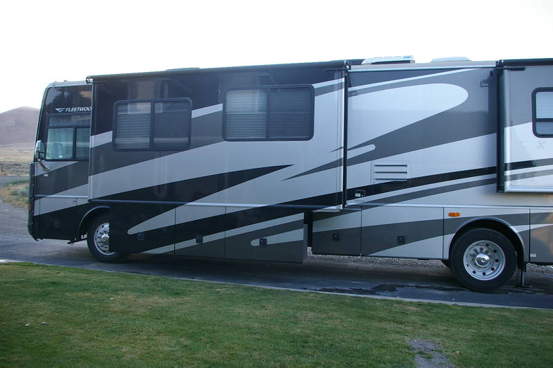 2005 Fleetwood Excursion 39S