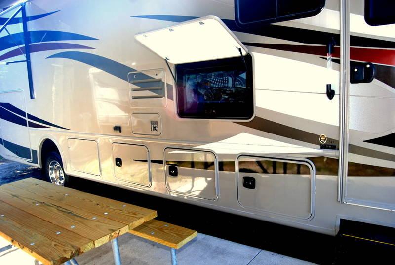 2014 Thor Motor Coach Windsport 34F