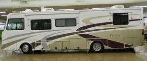 2004 Tiffin Phaeton 35RH