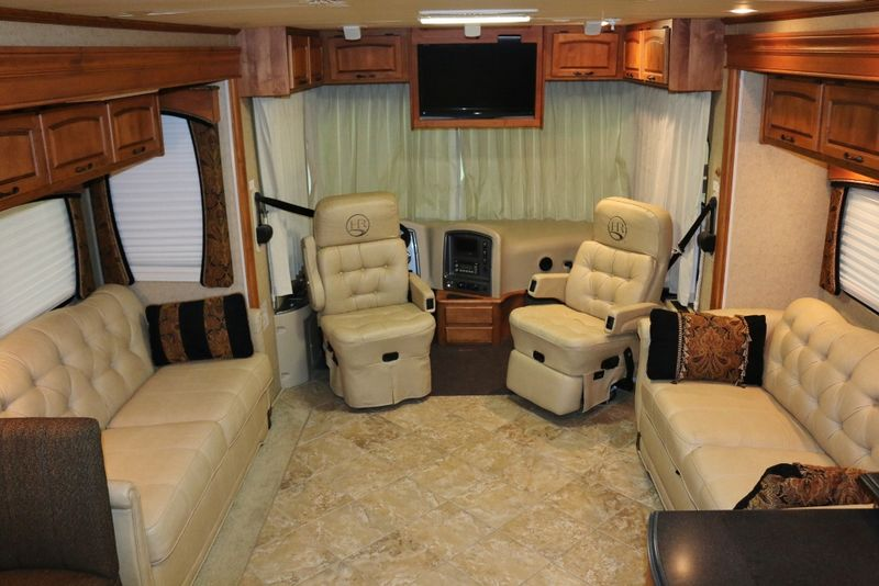 2008 Holiday Rambler Endeavor 40PDQ