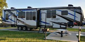 2018 Forest River Vengeance Touring Edition 38D12