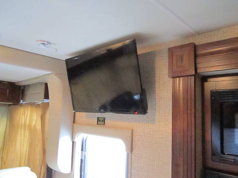 2015 Coachmen Pursuit 27KB
