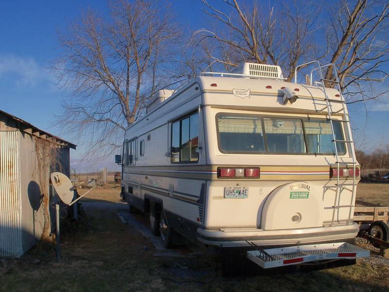 1984 Holiday Rambler Imperial 33