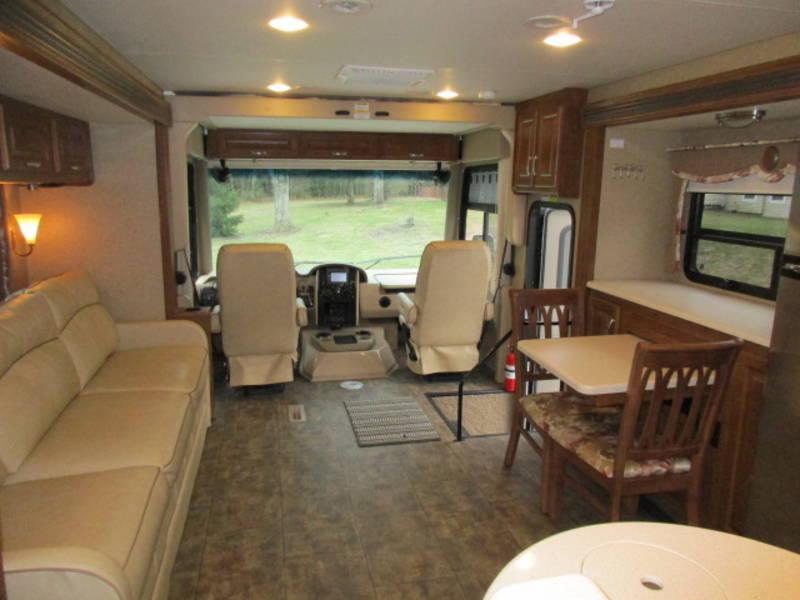 2015 Thor Motor Coach Challenger 37GT