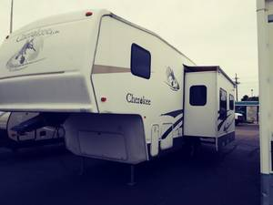 2005 Forest River Cherokee Lite 275L
