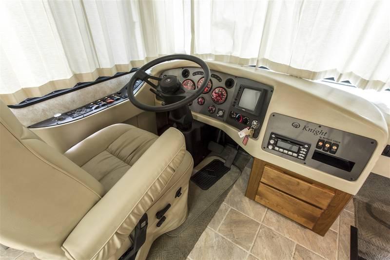 2007 Monaco Knight 40SKT